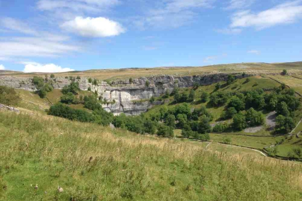 beck_hall_by_malham_cove_background2